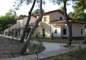 Villaggio sul mare con piscina, villaggio a Zambrone, villaggio vicino a Tropea,